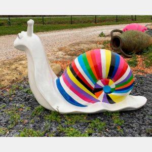 Escargot multicolor fond blanc résine